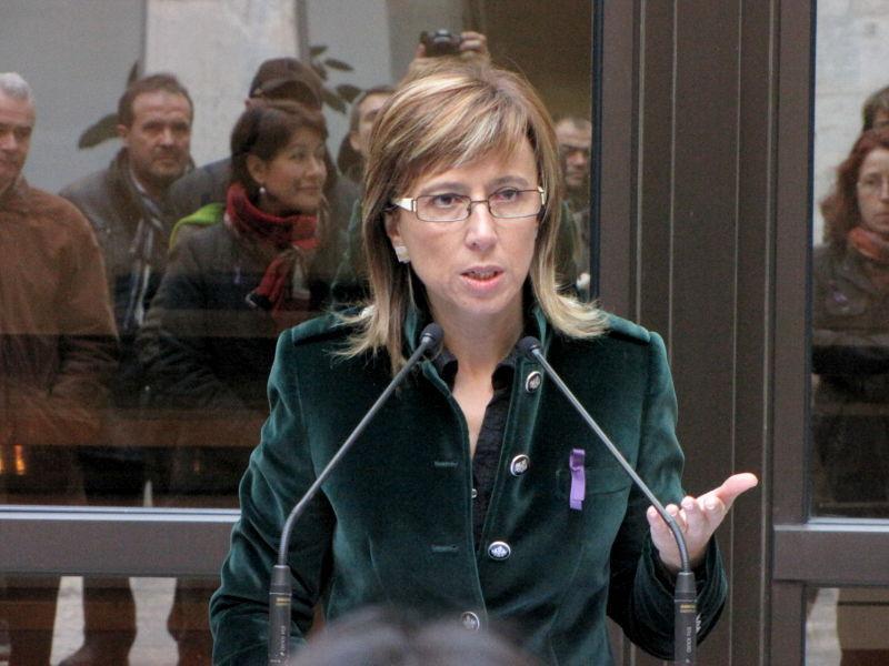 Foto 1 : Ferrés anuncia la creació d'una taula de treball sobre violència de gènere als municipis gironins