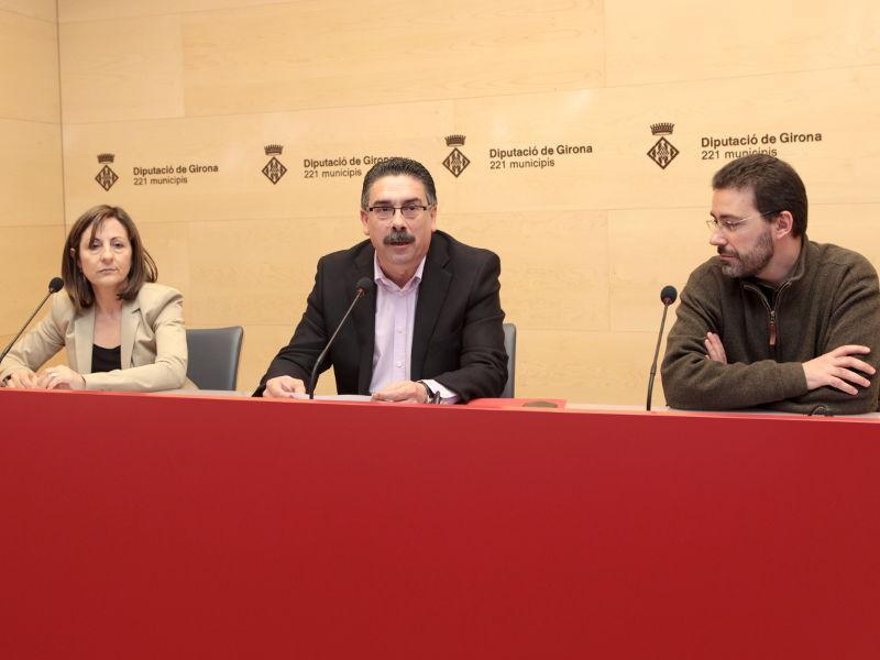 Foto : La presentació ha anat a càrrec de Verónica Solà, Enric Vilert i F. Xavier Fargas.