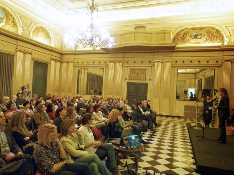 Foto 2 : <p>Girona celebra els deu anys del &ldquo;Voluntariat per la llengua&rdquo; a la ciutat</p>
