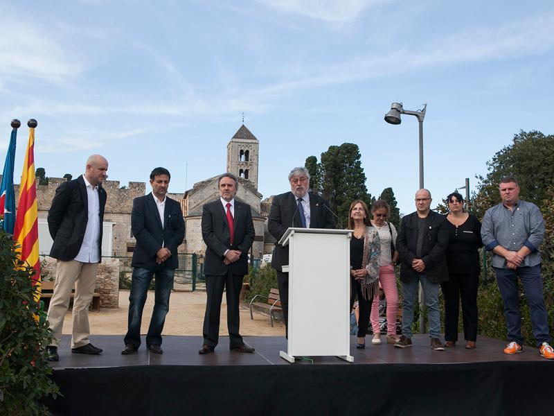 Foto 2 : <p>Inauguraci&oacute; de la millora urbana del nucli hist&ograve;ric de Vilabertran</p>