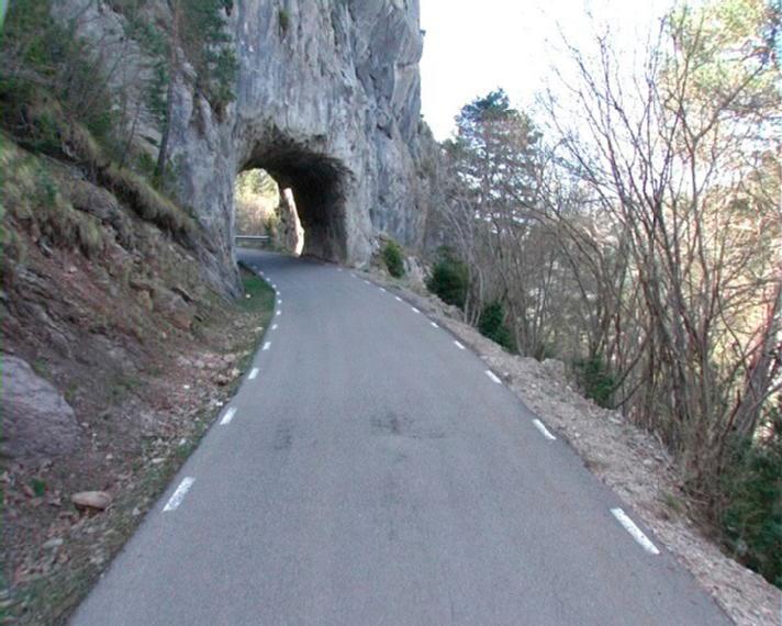 Foto 1 : <p>Carretera de Gombr&egrave;n.</p>