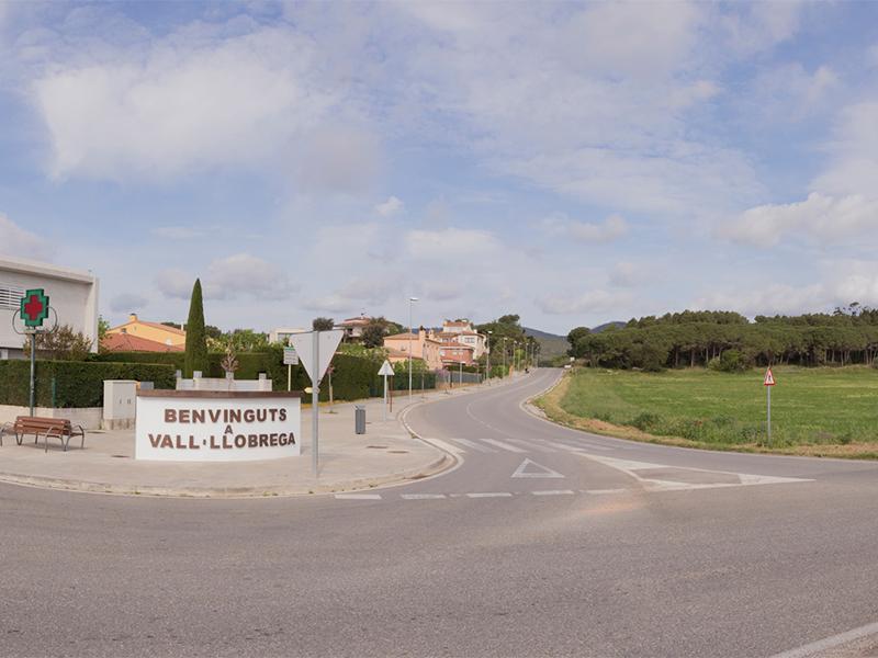 Foto 1 : <p>La Diputaci&oacute; aprova millorar la carretera que enlla&ccedil;a la C-31 amb el nucli urb&agrave; de Vall-llobrega</p>