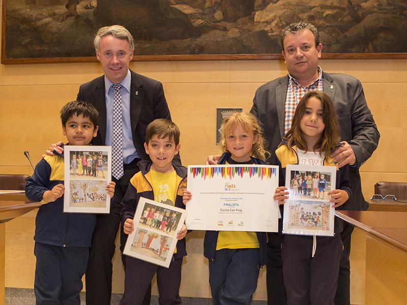 Foto 9: Finalistes de l'Escola Can Puig