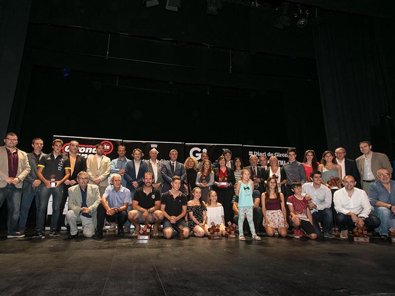 Foto 1 : <p>Xavi Porras i Nora Fern&aacute;ndez, guanyadors dels Premis Girona &eacute;s Esport 2016</p>