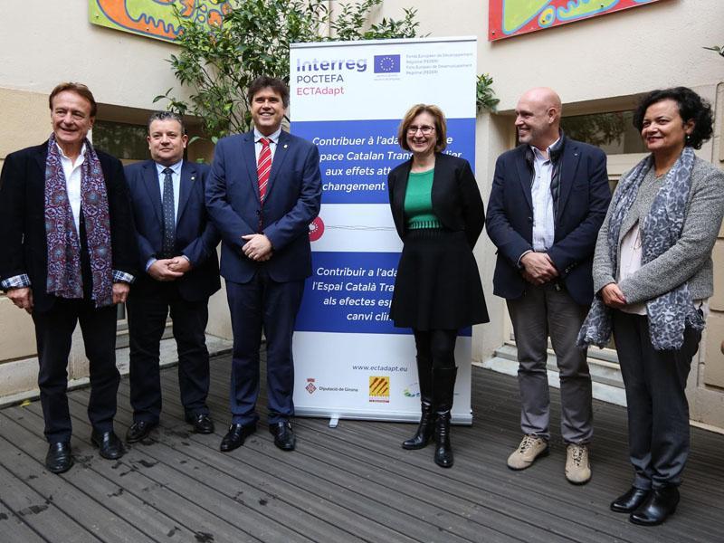 Foto 1 : <p>La Diputaci&oacute; de Girona, el Conseil des Pyr&eacute;n&eacute;es-Orientales i el CILMA, units per adaptar l&rsquo;Espai Catal&agrave; Transfronterer al canvi clim&agrave;tic</p>