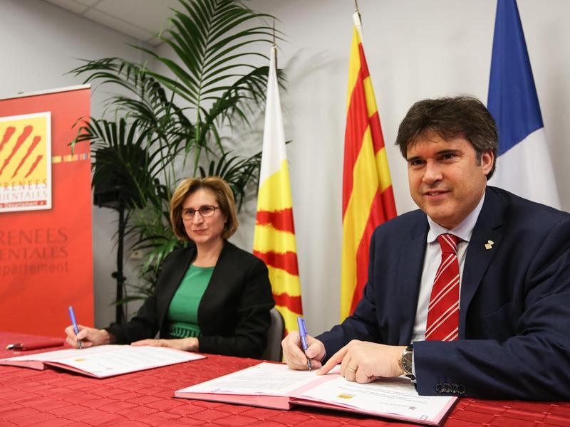 Foto 3 : <p>La Diputaci&oacute; de Girona, el Conseil des Pyr&eacute;n&eacute;es-Orientales i el CILMA, units per adaptar l&rsquo;Espai Catal&agrave; Transfronterer al canvi clim&agrave;tic</p>