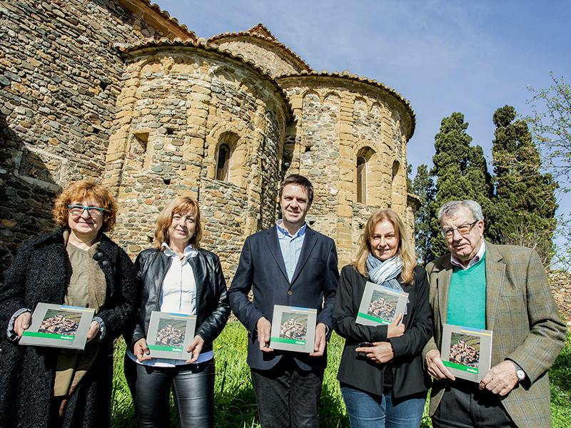Foto 1 : <p>&laquo;Quaderns de la Revista de Girona&raquo; dedica una nova monografia a Cru&iuml;lles</p>