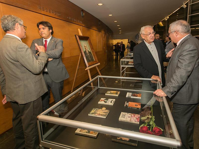Foto : Exposició 50è Premi Prudenci Bertrana. Fotògraf: Eddy Kelele.
