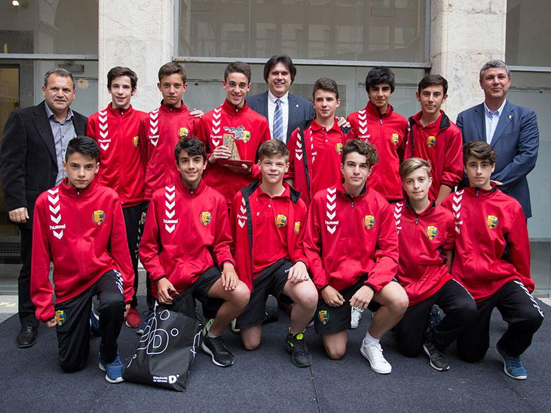 Foto 9: MIC Futbol. Categoria A (juvenil): UE Llagostera.