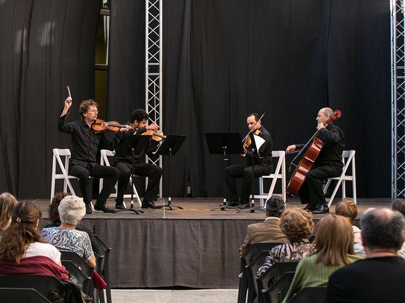 Foto 3 : Solistes de l'Orquestra de Girona. Foto: Eddy Kelele.