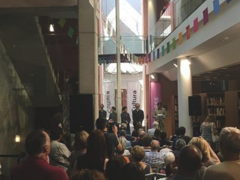 "Foto 3: La biblioteca d'Olot celebra 100 anys<span style=""font-style: italic;""><br></span>"