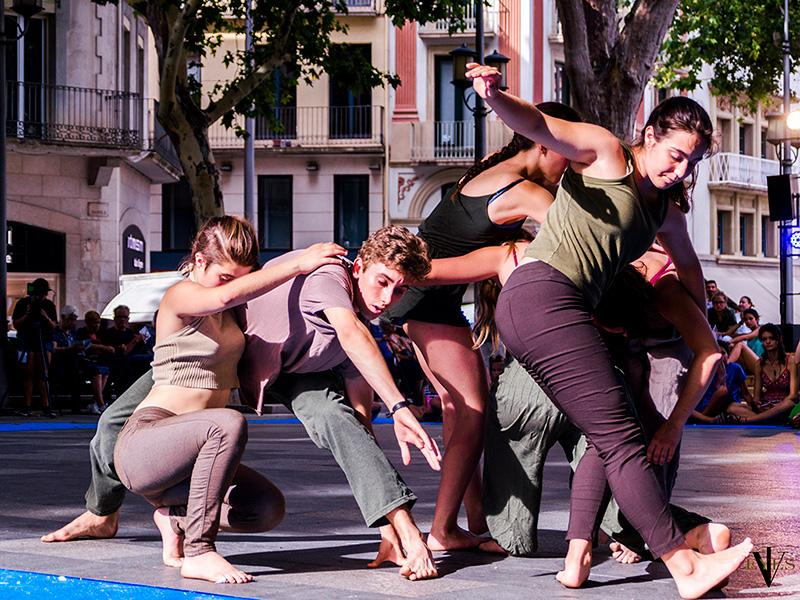 Foto 3 : Jove Companyia de Dansa de Celrà. Foto: Ivan Trigo