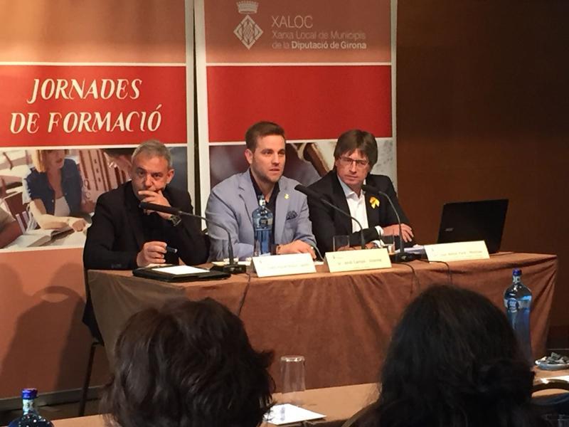 Foto 1 : XALOC forma els treballadors municipals en la nova legislació de contractes públics