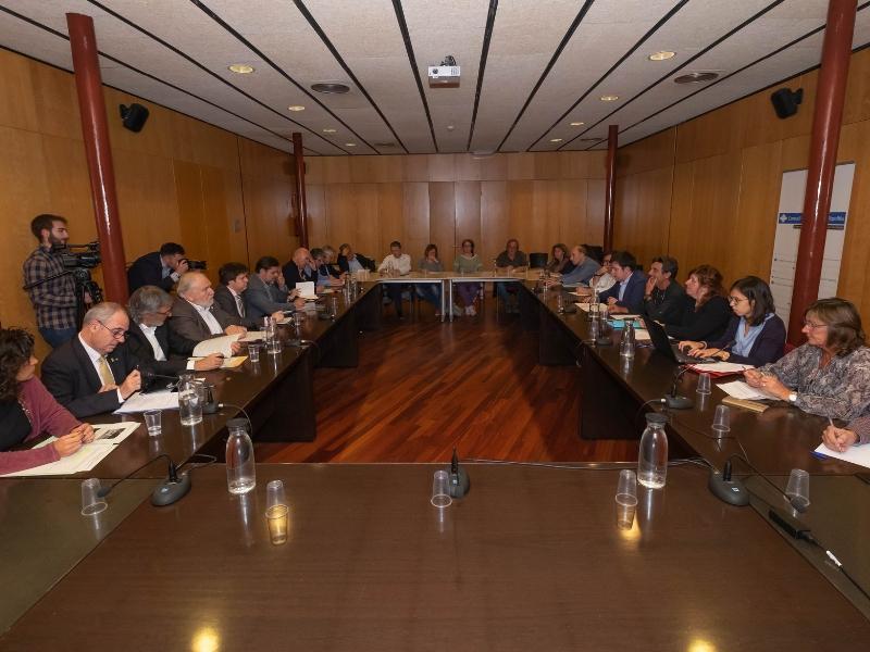 Foto 2 : Reunió del Consell d'Alcaldes i Alcaldesses del Ripollès pels efectes de les restes de l'huracà Leslie<br>