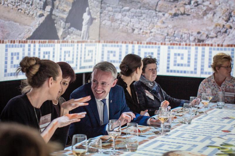 Foto 4: L'experiència sensorial TastEmotion presenta l'oferta turística de la Costa Brava i el Pirineu de Girona a una seixantena d'agents de viatges i prescriptors alemanys