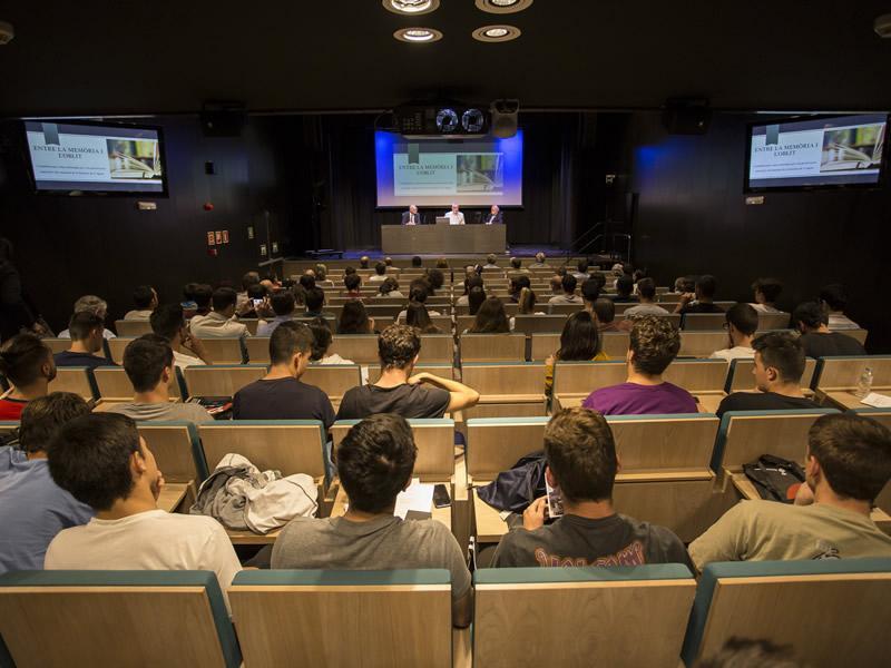 Foto 3 : Girona acull el primer Seminari internacional dels arxius de l'esport