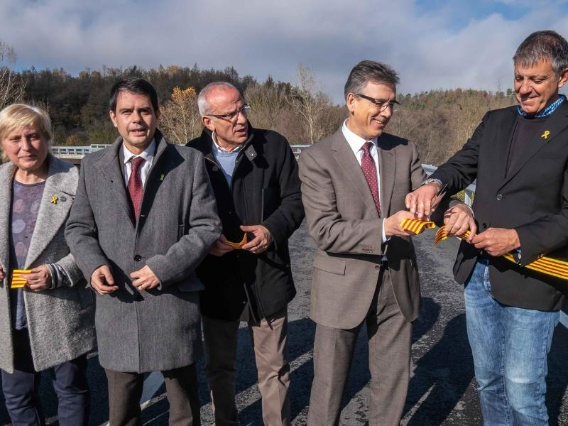 Foto 2 : Carles Àlvarez, a la inauguració del nou pont de connexió a la GIP-5251 a Viladrau