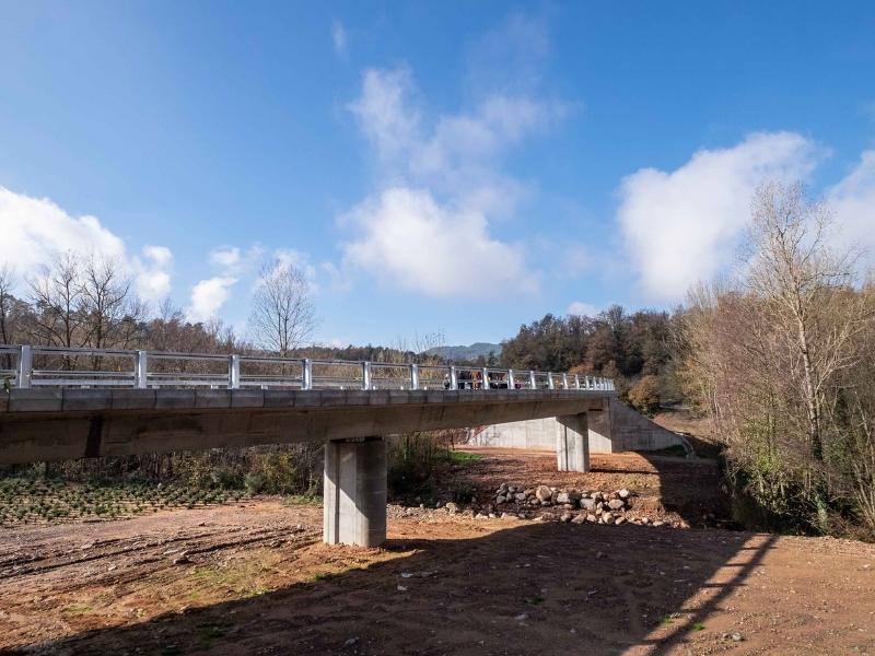 Foto 4: Carles Àlvarez, a la inauguració del nou pont de connexió a la GIP-5251 a Viladrau