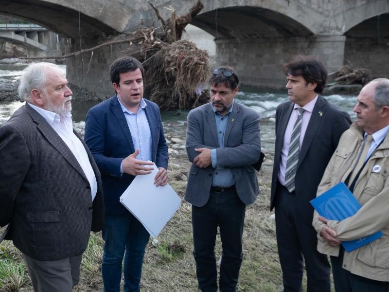 Foto 3 : Reunió del Consell d'Alcaldes i Alcaldesses del Ripollès pels efectes de les restes de l'huracà Leslie<br>