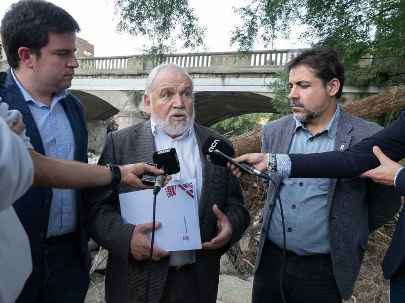 Foto 5: Reunió del Consell d'Alcaldes i Alcaldesses del Ripollès pels efectes de les restes de l'huracà Leslie<br>