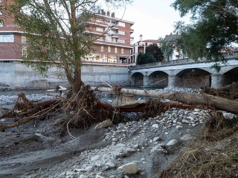 Foto 7: Reunió del Consell d'Alcaldes i Alcaldesses del Ripollès pels efectes de les restes de l'huracà Leslie<br>
