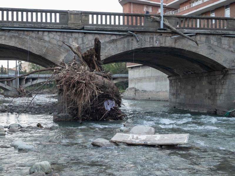 Foto 8: Reunió del Consell d'Alcaldes i Alcaldesses del Ripollès pels efectes de les restes de l'huracà Leslie<br>