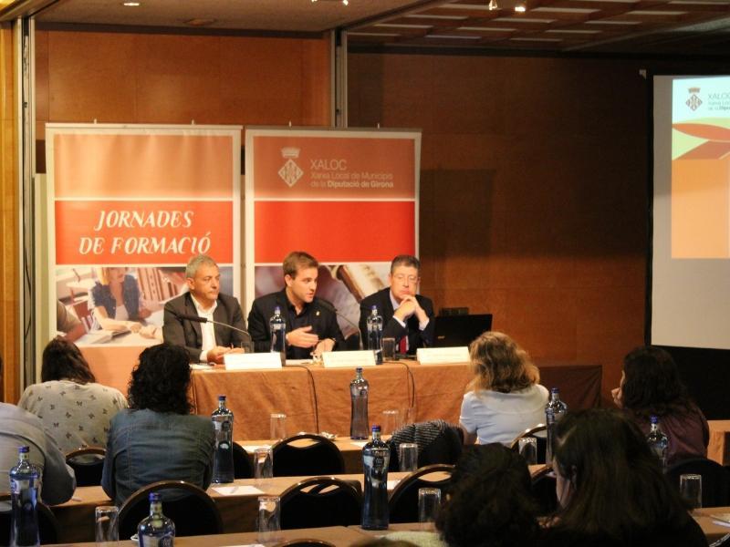 Foto 1 : Jornada de formació de XALOC sobre contractació per a treballadors d'administracions local<br>
