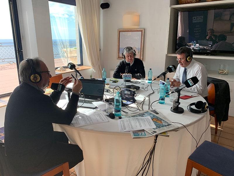 Foto 1 : Miquel Noguer parla a la SER de la candidatura de la Costa Brava com a Reserva de la Biosfera<br>