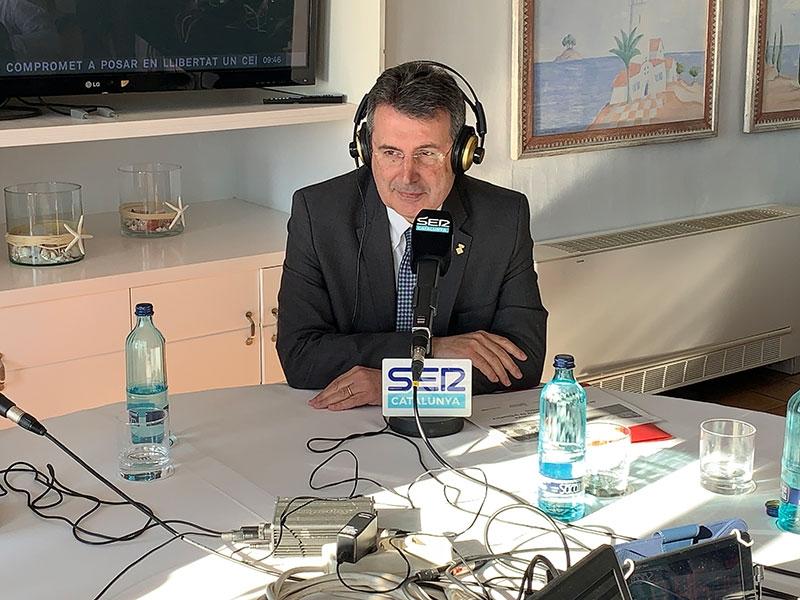 Foto 2 : Miquel Noguer parla a la SER de la candidatura de la Costa Brava com a Reserva de la Biosfera<br>