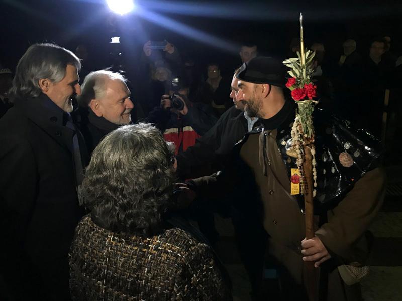 Foto 1 : Fermí Santamaria assisteix al Vot del Pelegrí