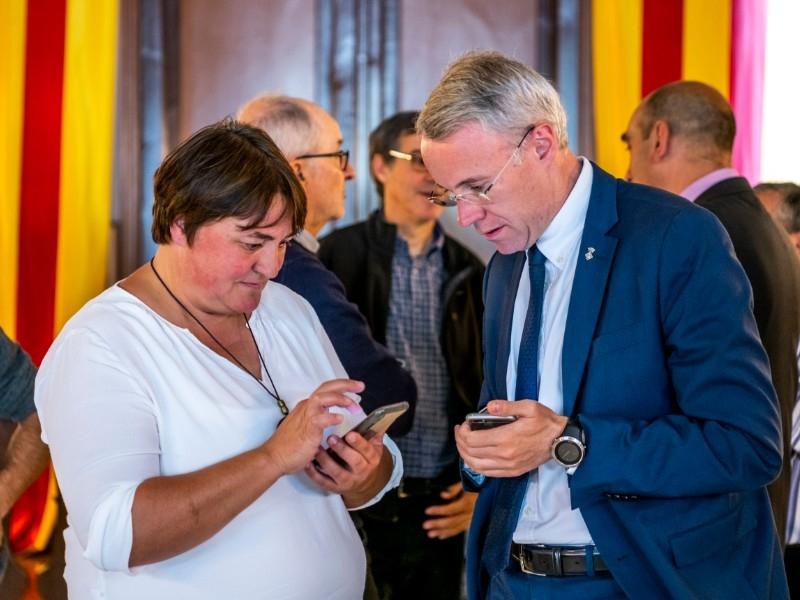 Foto 3 : El vicepresident Piñeira assisteix a la inauguració de la plaça de la República de Das