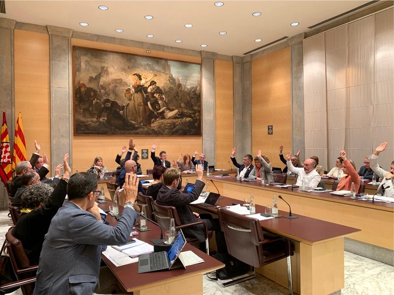 Foto 1 : <p>La Diputaci&oacute; de Girona aprova els primers pressupostos del nou mandat 2019-2023</p>