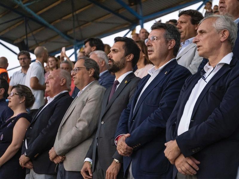 Foto 1 : Miquel Noguer assisteix a la final de la Copa Catalunya Absoluta Femenina a Palamós