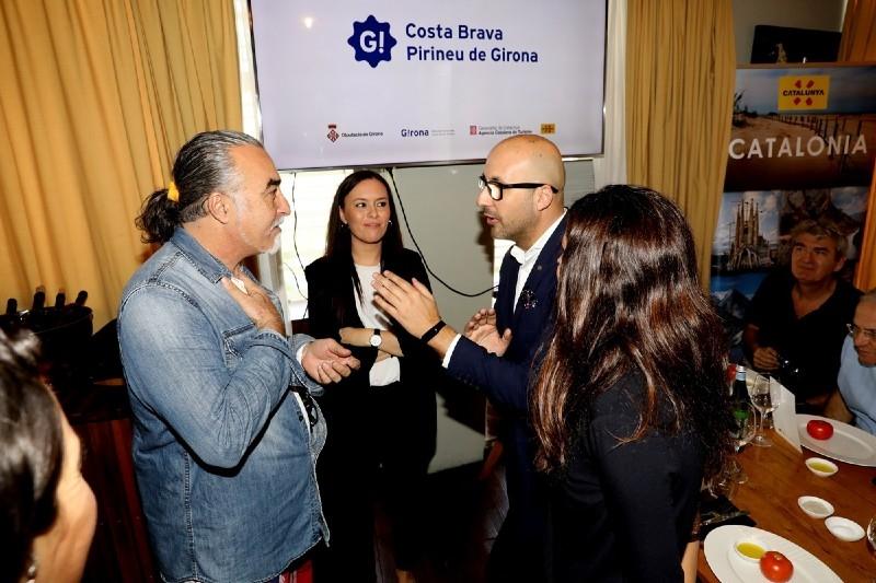 Foto 2 : <p>Quaranta operadors tur&iacute;stics i mitjans de comunicaci&oacute; israelians s&rsquo;interessen per l&rsquo;oferta tur&iacute;stica cultural i<br /> d&rsquo;activitats a la natura de la Costa Brava i el Pirineu de Girona</p>