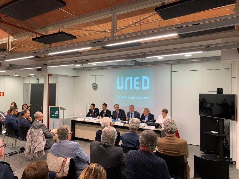 Foto 1 : Inaugurat el curs acadèmic 2019-2020 a la UNED Girona