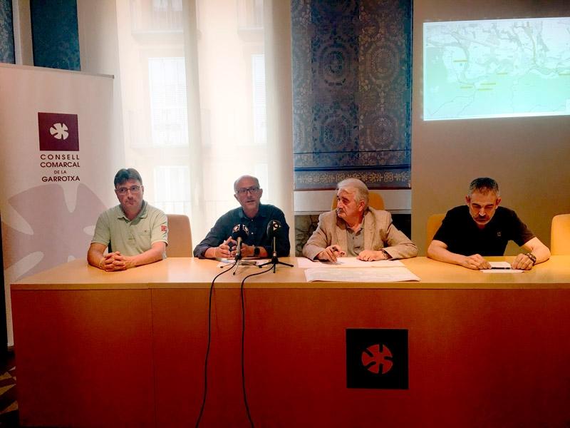 Foto 1 : El Consorci de les Vies Verdes de la Diputació de Girona i el Consell Comarcal de la Garrotxa presenten l'estat de la Ruta del Fluvià