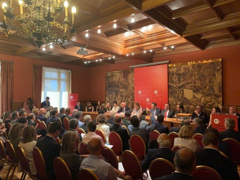 Foto 6: Miquel Noguer assisteix a la constitució del nou plenari de la Cambra de Comerç de Girona