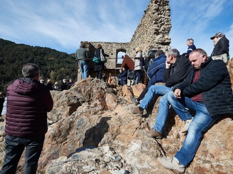 Foto 6: <p>Inauguraci&oacute; de les obres de restauraci&oacute; del castell de Sant Pere, de Ribes de Freser</p>