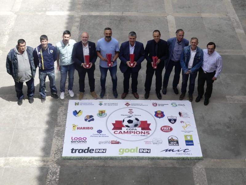 Foto 1 : Es presenta la I Copa Campions - Diputació de Girona, la festa del futbol base gironí