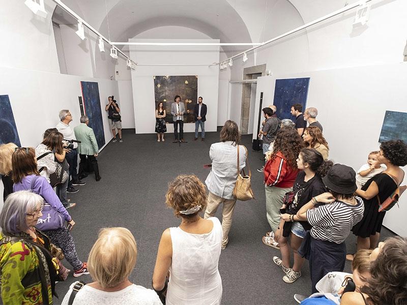 Foto 6: Exposicions Viatgeres inaugura a la Casa de Cultura una nova mostra itinerant centrada en l'obra de l'artista Maria Mercader