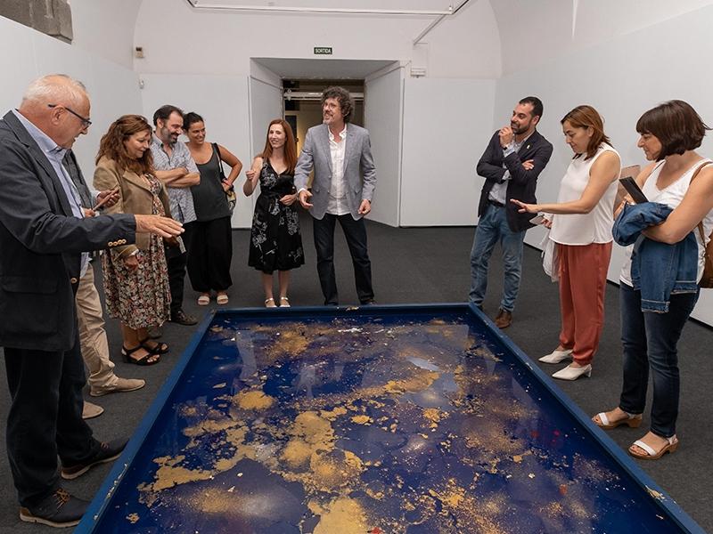 Foto 7: Exposicions Viatgeres inaugura a la Casa de Cultura una nova mostra itinerant centrada en l'obra de l'artista Maria Mercader