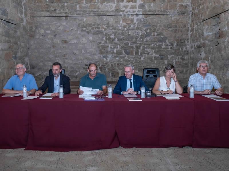 Foto 2 : Presentació d'una nova monografia dels «Quaderns de la Revista de Gironadedicada a Llers<br>