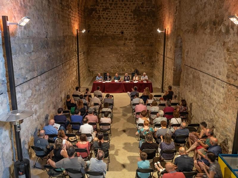 Foto 4: Presentació d'una nova monografia dels «Quaderns de la Revista de Gironadedicada a Llers<br>