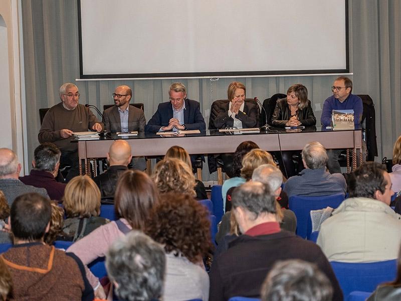 Foto 4: <p>Presentaci&oacute; d&#39;una nova monografia dels &laquo;Quaderns de la Revista de Girona&raquo;, dedicada a Amer</p>