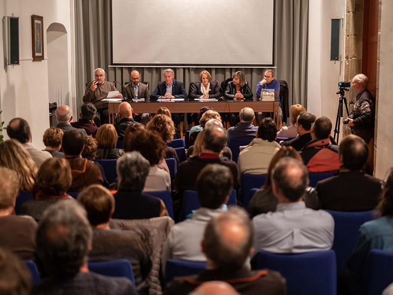 Foto 2 : <p>Presentaci&oacute; d&#39;una nova monografia dels &laquo;Quaderns de la Revista de Girona&raquo;, dedicada a Amer</p>