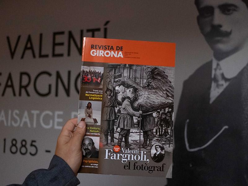"""Foto 4: Presentació del darrer número de la <span style=""""font-style: italic;"""">Revista de Girona</span> dedicat a Valentí Fargnoli al Museu Etnogràfic d'Amer"""
