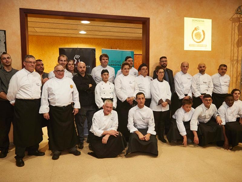 Foto 2 : El president de la Diputació participa en l'obertura de la 35a edició de la Mostra Gastronòmica de la Garrotxa