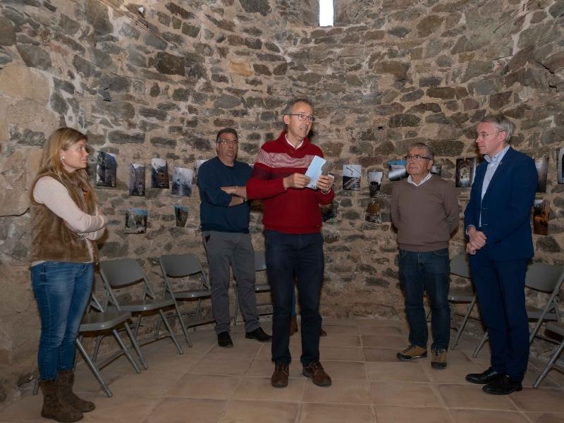 Foto 2 : Inaugurada la restauració de l'església vella de Sant Mateu de Vall-llobrega