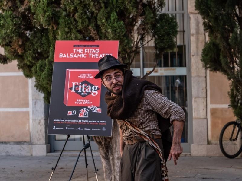 Foto 4: L'expressió corporal i el teatre dansa protagonitzen el dinovè Festival Internacional de Teatre Amateur de Girona<br>