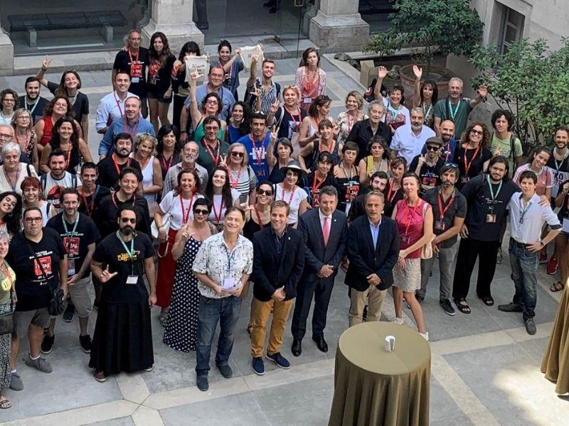 Foto 1 : <p>El president de la Diputaci&oacute; rep els participants del FITAG 2019</p>